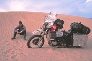 Greg stuck in sand, again, Morrocco, Sahara Desert