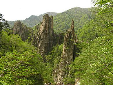 Samson Rocks, along the Manmulsang trail, North Korea.